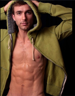 Christiaan Smith Kotlarek was featured by Barihunks and will be performing in Kentucky Opera's La Boheme as Schaunard!