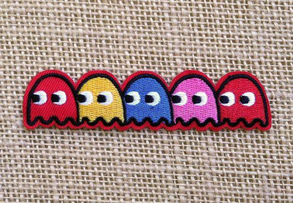 Hierro de Pac-Man en parches. Videojuegos por RainbowEffectsTieDye