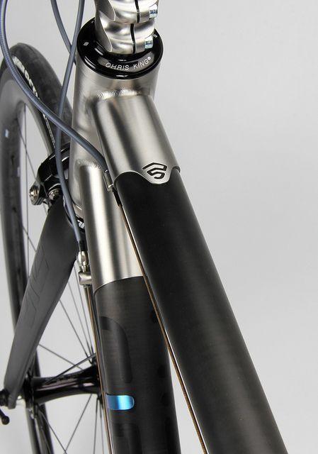 Firefly Ti-Carbon HT Lug
