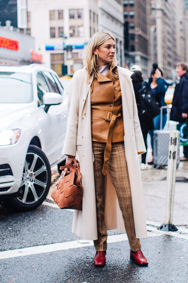 a362134065742b Street style à la Fashion Week automne-hiver 2018-2019 de New York Crédit  photo   Sandra Semburg