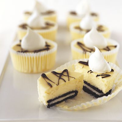 OREO Mini Cheesecakes! Vals would love these too!
