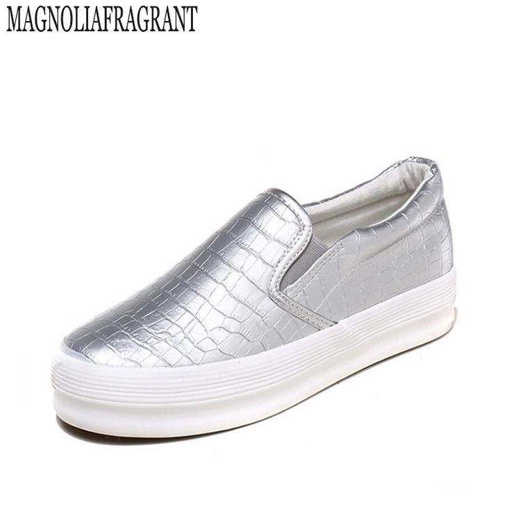 18.54$  Watch now - http://alibel.shopchina.info/1/go.php?t=32701253447 - Spring Autumn Casual Soft Flats Shoes Women Round Toe Ladies Slip On Moccasins Driving Pregnant Loafers Creepers women shoes 162  #buyonlinewebsite