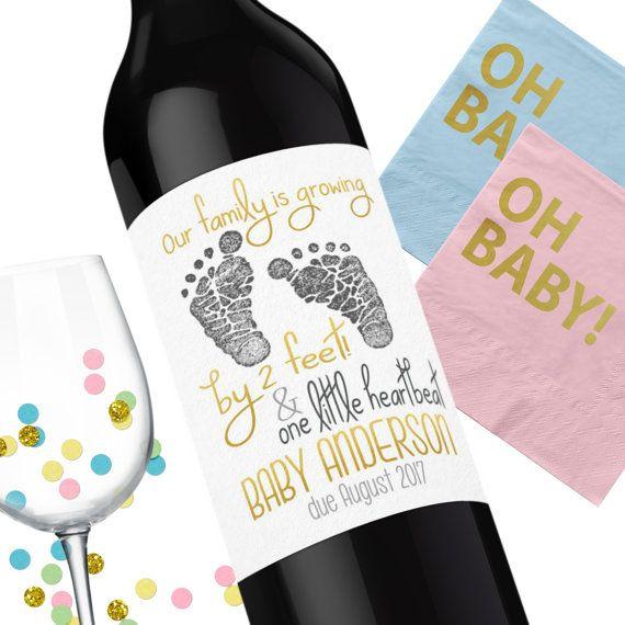 Aankondiging zwangerschap Wijn etiketten  We door TheSloshedSisters