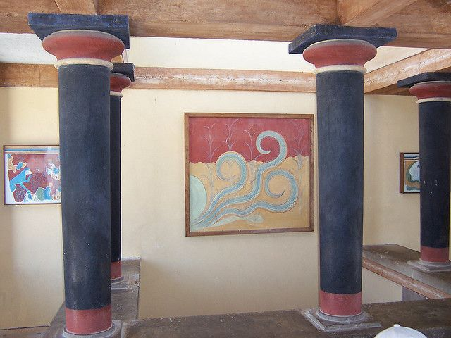 One of the interior designs at an ancient palace in Knossos/Greece | Ancient  greek, Palace and Interiors