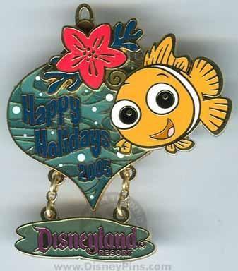 Finding Nemo Happy Holidays Disneyland Pin