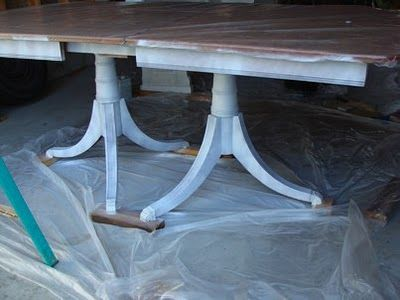 Re-doing a table tutorial, a nice way to spruce up a battered old dining table