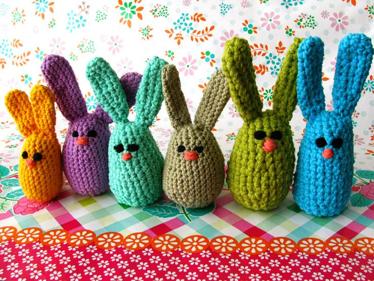 Tecrin tries: Pattern: Easter Egg Bunnies freebie pattern, just lovely: thanks so xox