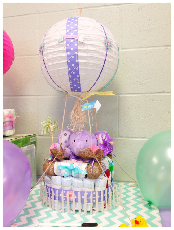 Inlove with my Hot Air Balloon Diaper Cake for my up, up and away baby shower.