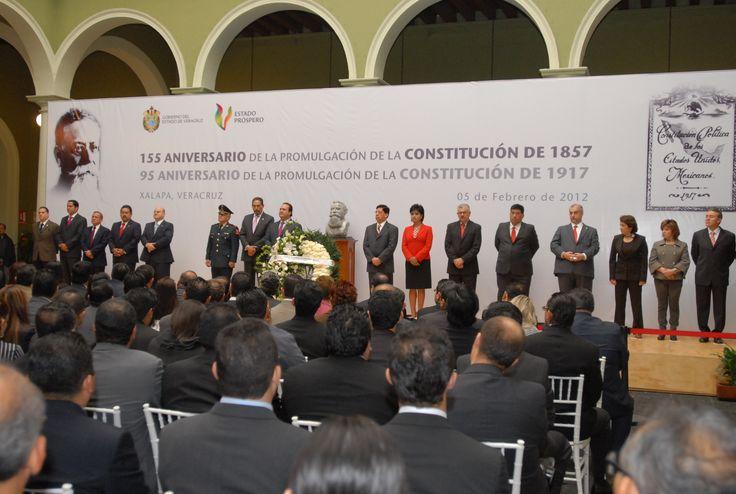El Gobernador de Veracruz, Javier Duarte de Ochoa, asistió a la Ceremonia Conmemorativa del 155 Aniversario de la Promulgación de la Constitución de 1857 y del 95 Aniversario de la Promulgación de la Constitución de los Estados Unidos Mexicanos (1917), el 05 de febrero de 2012,   donde expresó que los servidores del estado han jurado respetar y hacer respetar ambas constituciones y las leyes que se le derivan.