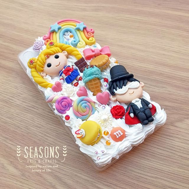 First attempt on doing deco case for commission (Xperia Z2), the classic couple Sailor Moon and Tuxedo Mask. We love the progress! <3 Thanks @naokiferrio for this lovely case, hope you like it ;) #decocase #handmadedecocase #sailormoondecocase #sailormoon #tuxedomask #handmadeclay #handmadeaccessories #clayart #clayjakarta #jualclay #jualdecocase