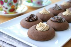 I nutellotti sono dei biscotti alla nutella farciti con crema di nocciole. Si preparano con soli 3 ingredienti in 15 minuti.