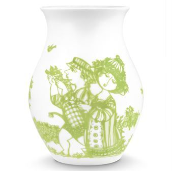 The Rosegarden vase has Bjørn Wiinblad's beautiful motif featuring a romantic rosegarden with a couple in love. This motif is one of Wiinblad's most typical and famous one. The motif should express love, poetry and, as in all of Wiinblad's designs, joy. Place your favorite flower and create a romantic feeling in your home.