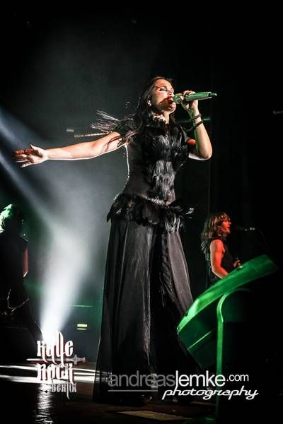 Tarja Turunen live at Huxleys Neue Welt, Berlin, Germany. The Shadow Shows, 10/10/2016 #tarja #tarjaturunen #theshadowshows #tarjalive PH: Andreas Lemke Photography https://www.facebook.com/andreaslemkephoto/ for Kalle-Rock.de http://www.kalle-rock.de/konzertfotos/konzerte-2016/konzertgalerie/1306/