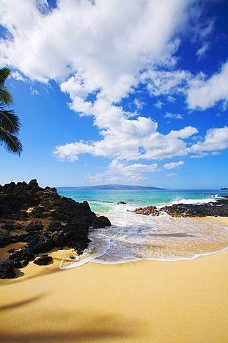 Hawaii, Maui, Makena, Maui Wai or Secret Beach.