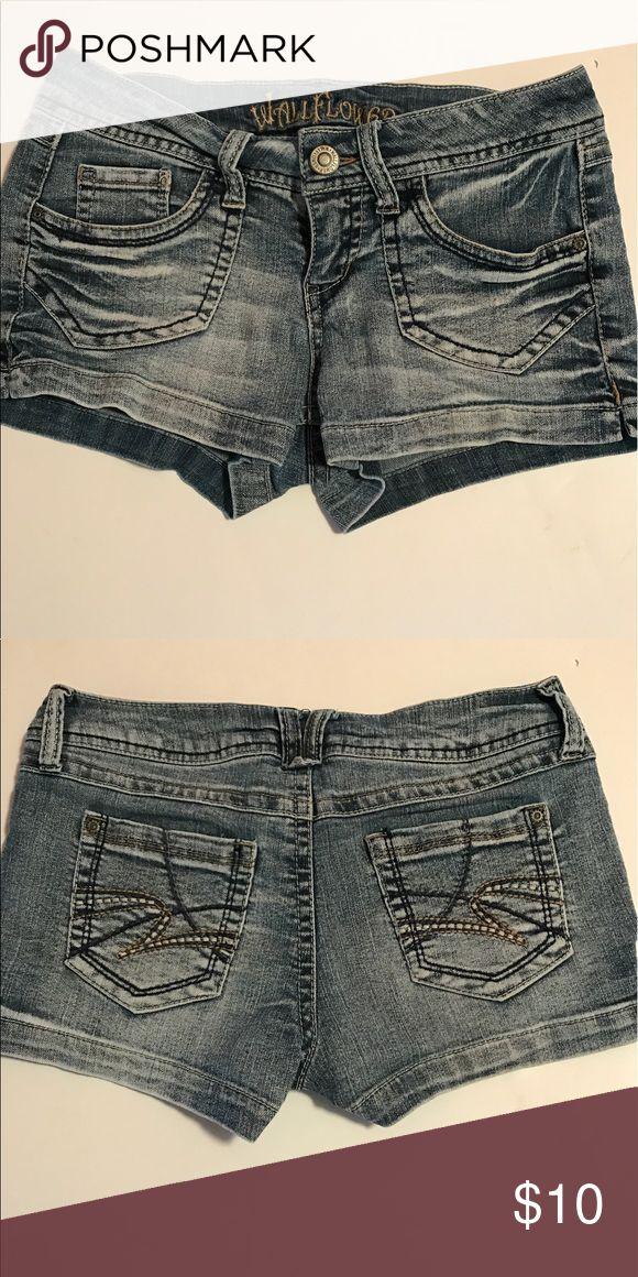 Wallflower Jean Shorts Wallflower Jean Shorts Size 7 Wallflower Shorts Jean Shorts