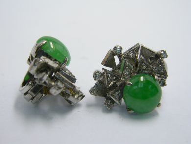 One pair of 18 karat white gold diamond earrings. Two cabochon jadeite jade, natural medium strong green colour with very good polish. Twenty-two single cut diamonds (0.33 carats: SI1-I1 clarity: G-H-I colour).