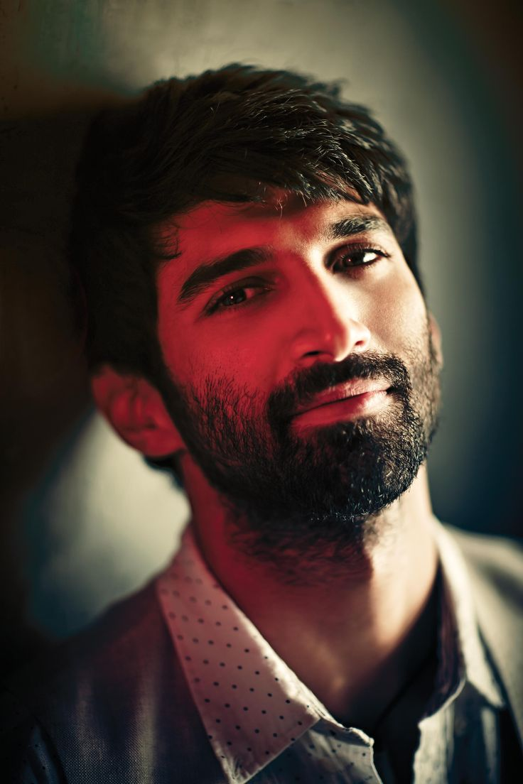 Aditya Roy Kapur (born 16 November 1985) is an Indian film actor and former VJ for Channel V. He is the younger brother of Siddharth Roy Kapur and Kunaal Roy Kapur. was born in Mumbai to a Punjabi father and a Jewish mother Salome Roy Kapur nee Aaron, who was Miss India 1972