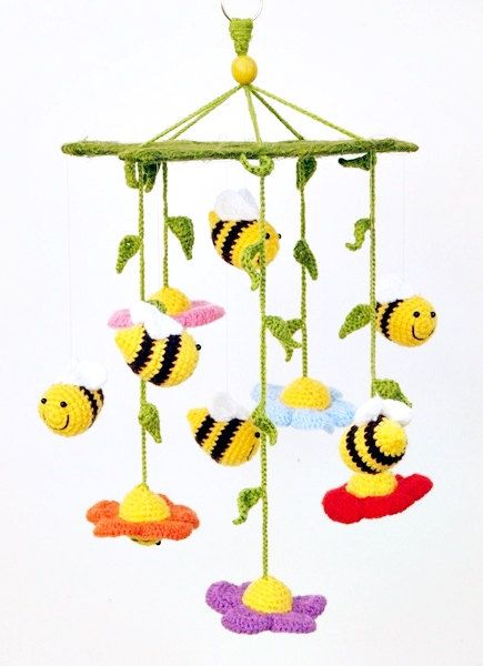 Crochet baby mobile with flowers and bees
