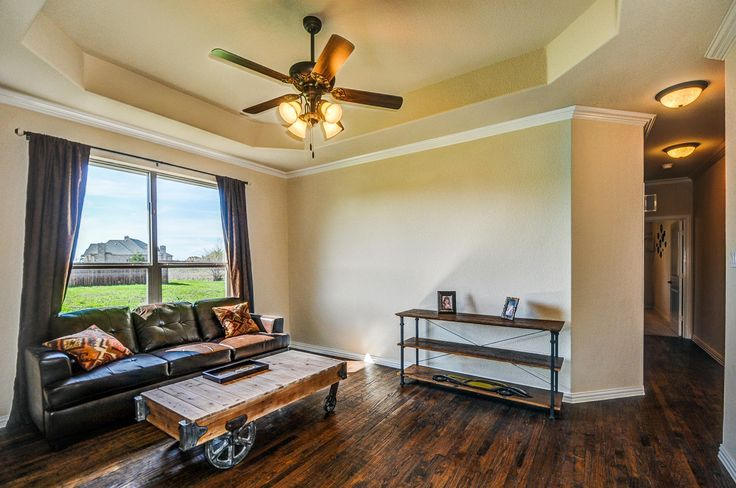 17 best images about living in a lillian in forney tx on for Living room 10x10