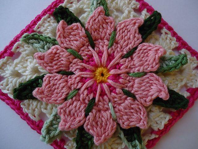 Granny Flor de Cactus...Cactus Flower Granny by Bigú Osuna. So beautiful. Osuna's creativity is amazing!  ¯\_(ツ)_/¯