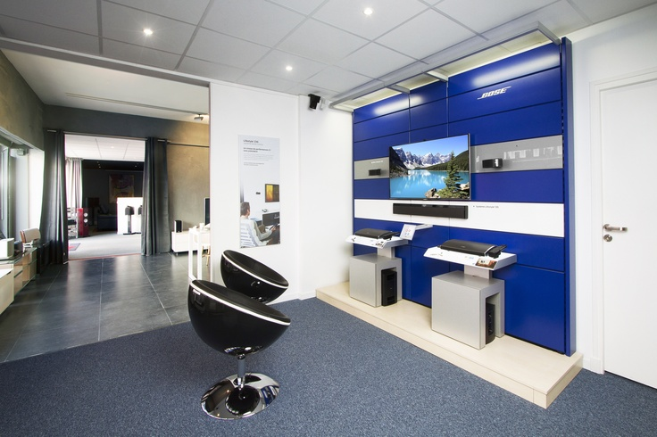 Aperçu de notre magasin d'Antibes de par l'espace Bose®. #antibes #bose #homecinema #hifi #meubletv #enceinte #television #tv #magasin #EasyLounge