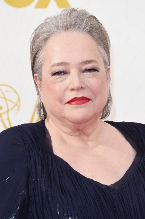 Kathy Bates at event of The 67th Primetime Emmy Awards (2015)