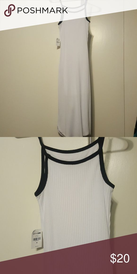 🔴 3 for $15 SALE. Long maxi dress Bundle any 3 $10 items and offer me $15. Sexy Tight maxi dress. This summer dress stops at the calf and is very comfortable. It has an an underlay so that the white is not see through lemon pop Dresses Maxi