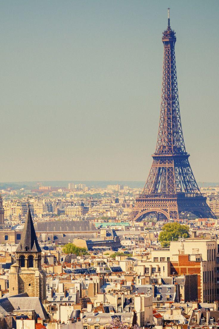 Paris es un destino must para toda fashionista, ¡imagínate disfrutar de sus vistas desde las alturas! #InStyle #PinItToWinIt