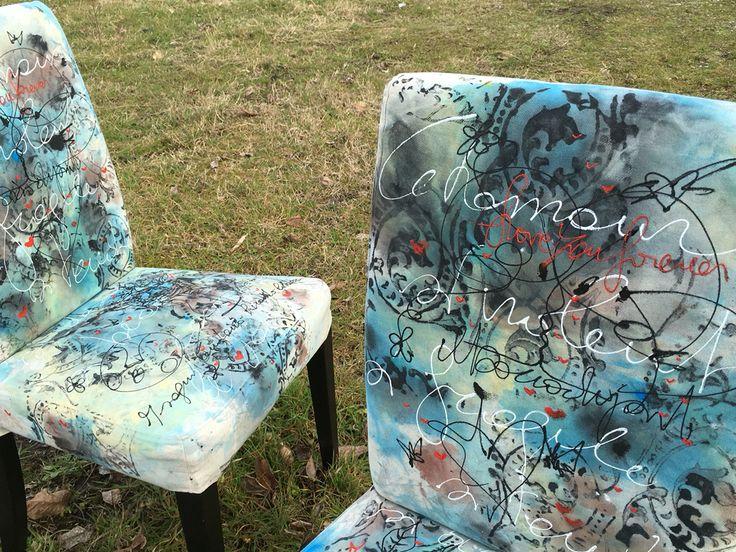 Sedie dipinte a mano dall' artista Mauro Burani