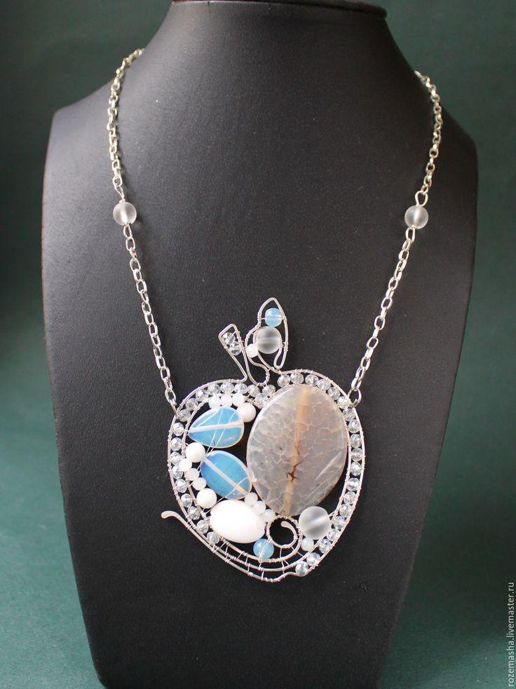 Купить Кулон Хрустальное Яблоко - серебряный, белый, кулон, колье, ожерелье, натуральные камни