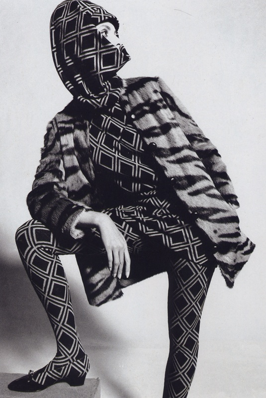 Grace Coddington wears Jacques Heim photo John French 1965