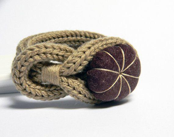 Camel knitted wool yarn bracelet Noemi handmade by ylleanna, €18.00