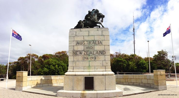 Mount Clarence & Statue by Web Gilbert  - ANZAC Desert Corp Memorial