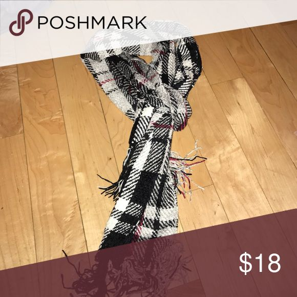 Scarf Black white and red plaid scarf Accessories Scarves & Wraps