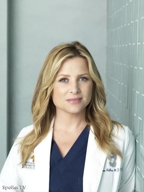 """Jessica Capshaw plays Arizona Robbins on """"Grey's Anatomy"""".                                                                                                                                                                                 Plus"""