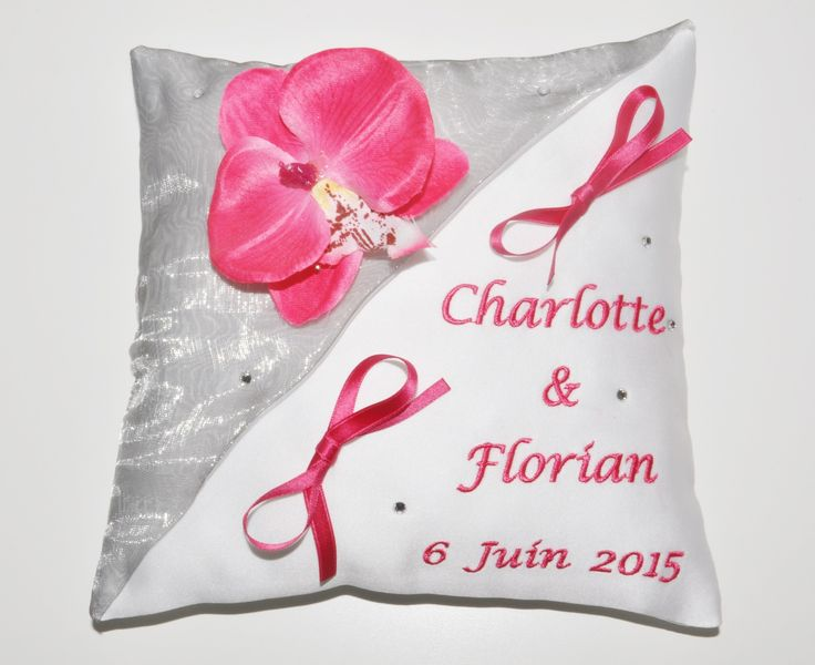1000 images about coussin mariage on pinterest heart - Porte alliance personnalise ...