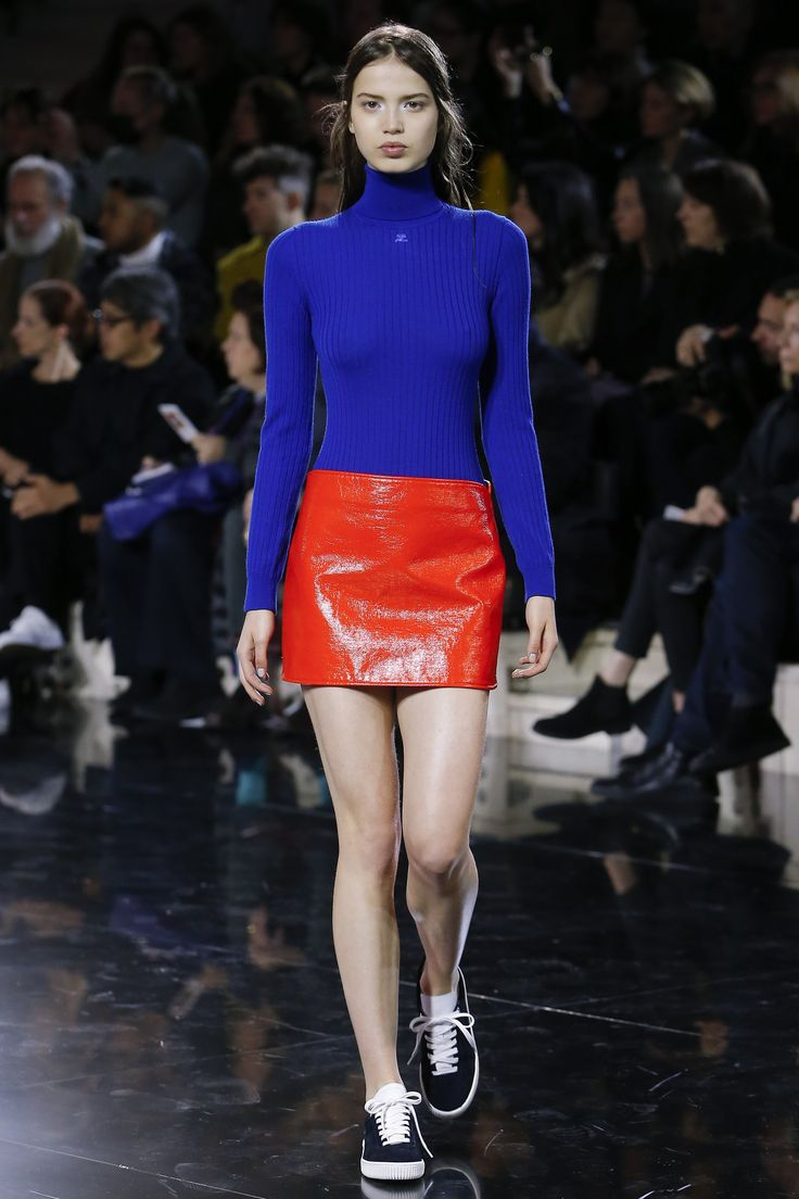 Courrèges Fall 2016 Ready-to-Wear Fashion Show Ilove this Lacoste collection...
