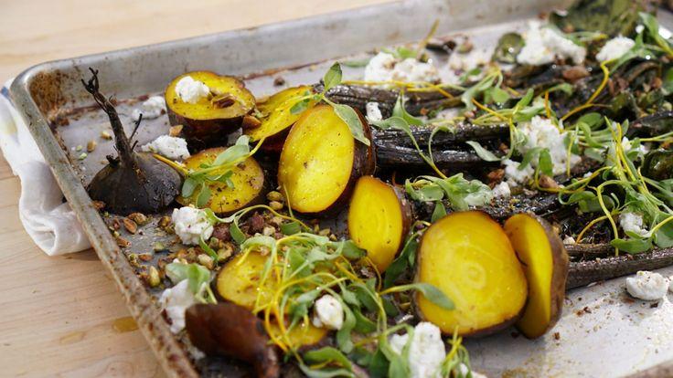 Salade de betteraves natures rôties au chèvre et pistaches    Zeste