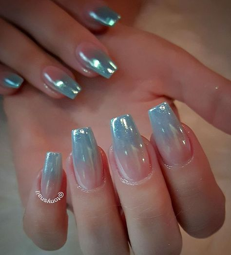 Unicorn nails gradient with a chrome like finish by @tonysnail