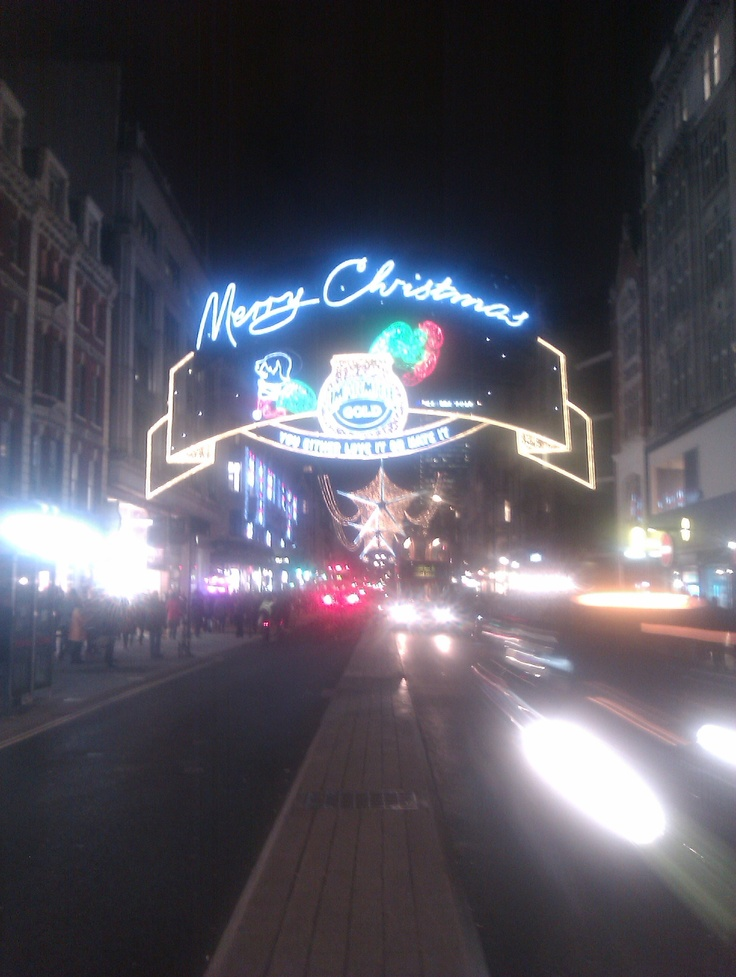 Oxford Circus Xmas Decorations 4