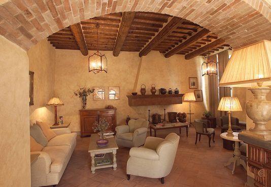 Salone Bed and Breakfast Antico Podere Marciano #Chianti #Tuscany
