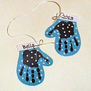 Make A Handprint Mitten Decoration 1