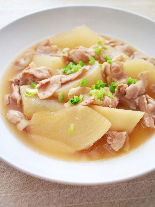圧力鍋がなくてもレンジで時短!大根と豚肉のほっくり煮物    | お得な食材コンビ「大根&豚肉」で大満足♪晩ご飯おかずまとめ | レシピサイト「Nadia | ナディア」