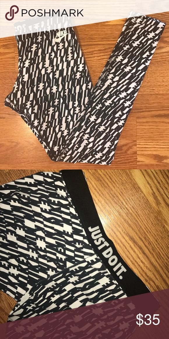 Nike workout leggings Great condition. Inside band says just do it. Nike Pants Leggings