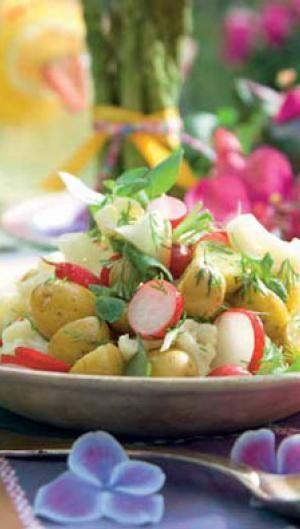 Kartoffelsalat med radiser - opskrift til sommerfesten