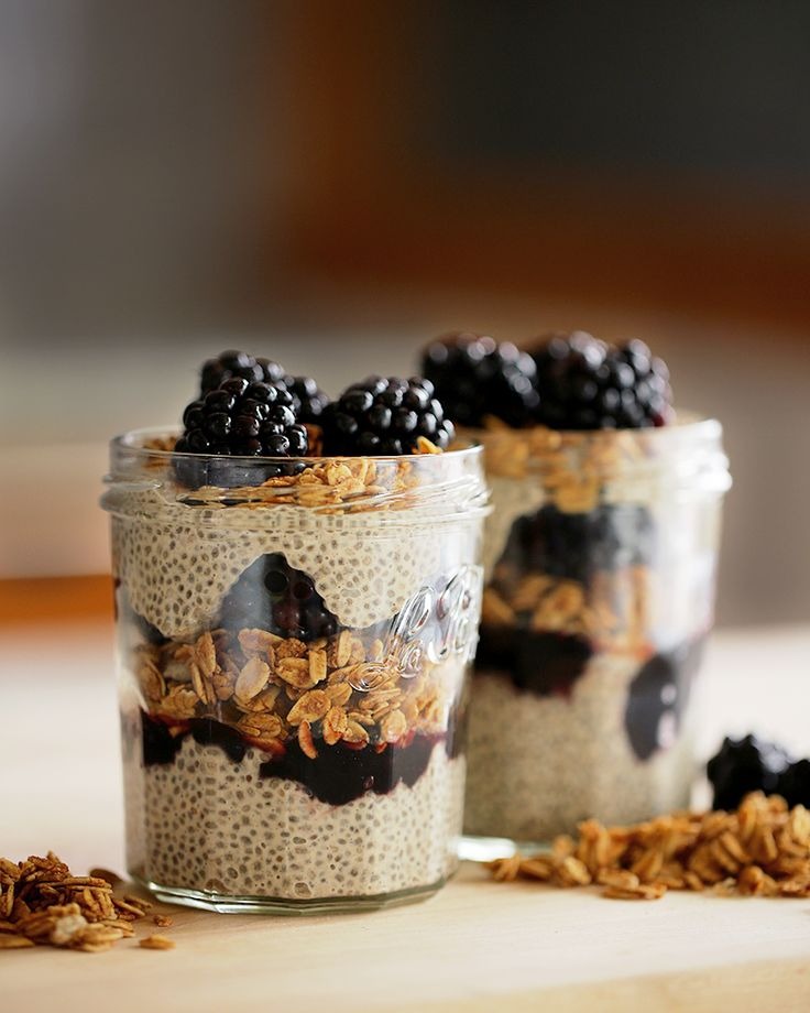 Blackberry Granola Chia Pudding