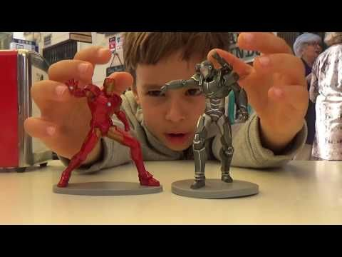 We discover Avengers Heroes in Disney Store Valencia ! - YouTube