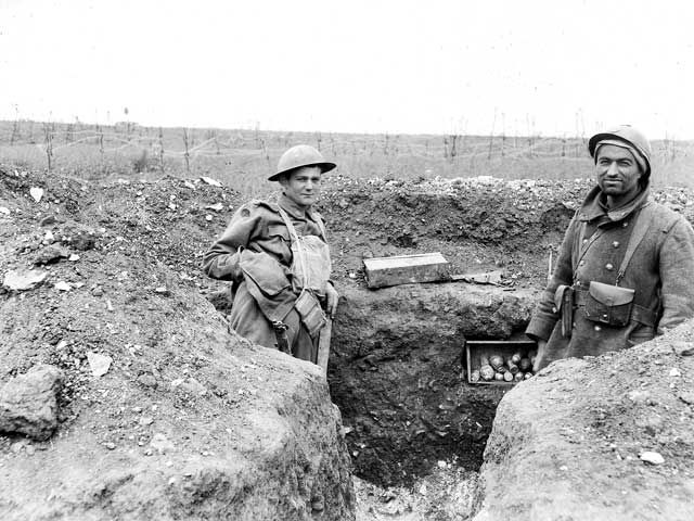 224 best images about ww1 trench and battlefield on - Battlefield 1 french soldier ...