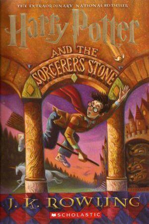 Harry Potter and the Sorcerer's Stone (Harry Potter #1) - J.K. Rowling