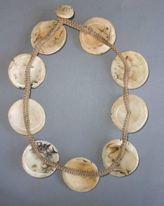 This heavy necklace, strand shell disks originates from the Naga. The hanging length of the strand is 28 cm. The average diameter of the shell disks is 5 cm. Its weight is 240 gram. (s18) SHIPPING SHIPMENT is FREE. All items are shipped every week on monday morning after receipt of payment. We send priority airmails. Please consider overseas shipments take usually 5 - 8 days. Insured packets (over 50 cm length / over 1500 gram) I send by standard way. PAYMENT Paypal is preferred. ...